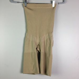 Spanx Body Shaper Shorts L